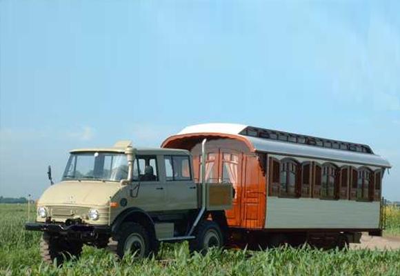 Le tracteur Unimog..